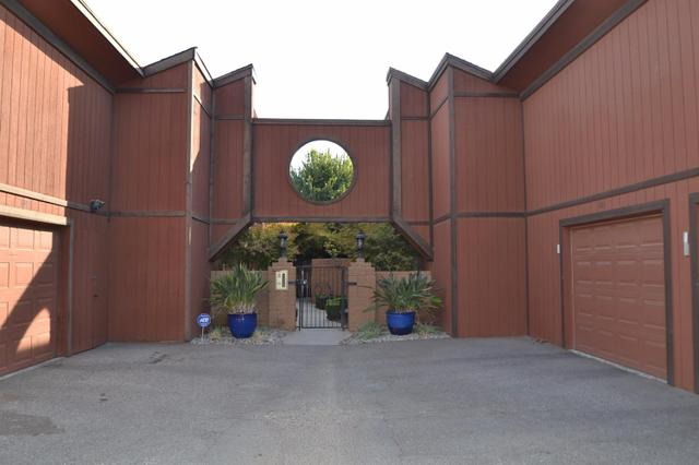 5458 N Del Mar Ave #104, Fresno, CA 93704