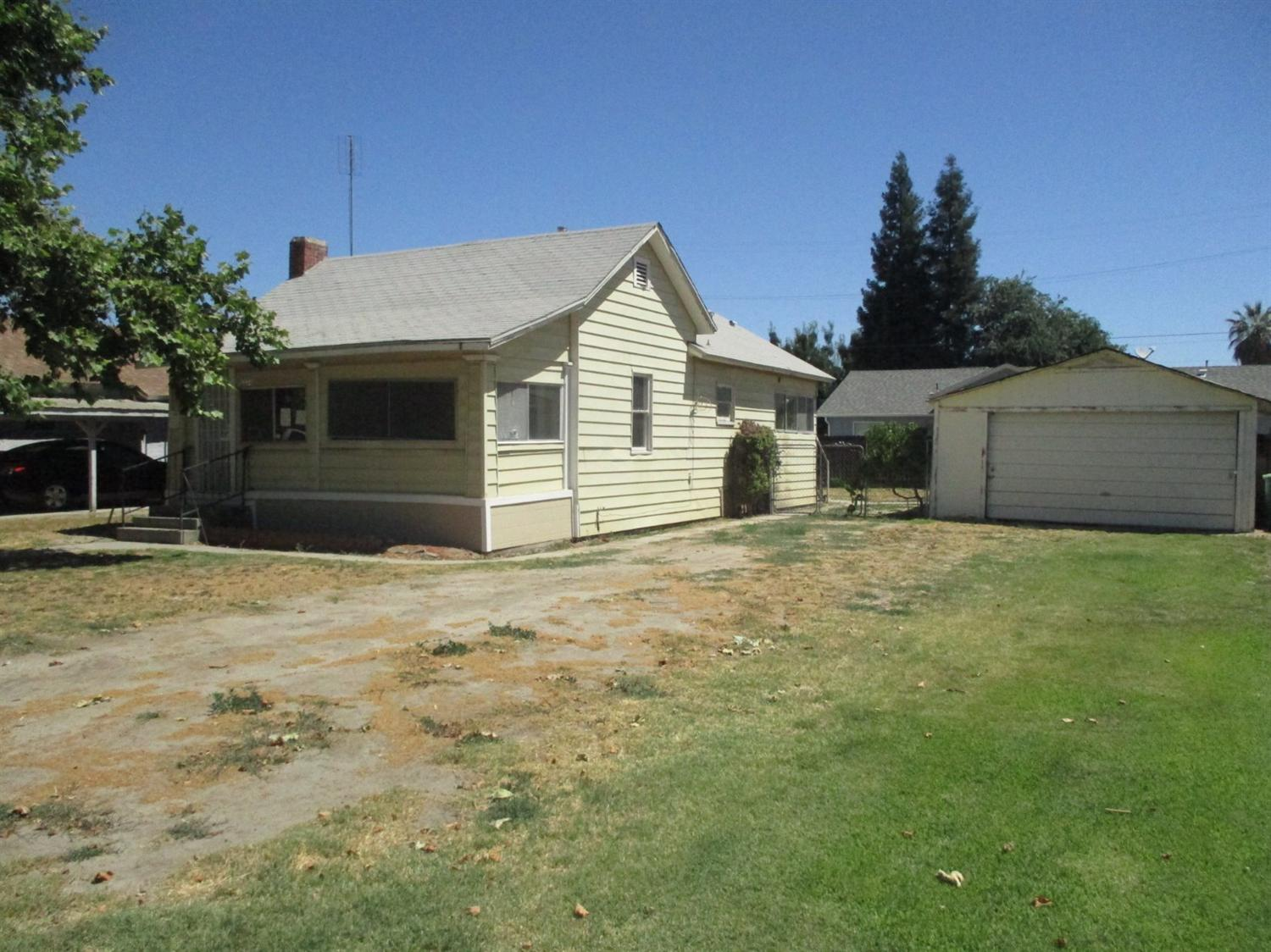 13534 S Quince, Caruthers, CA 93609