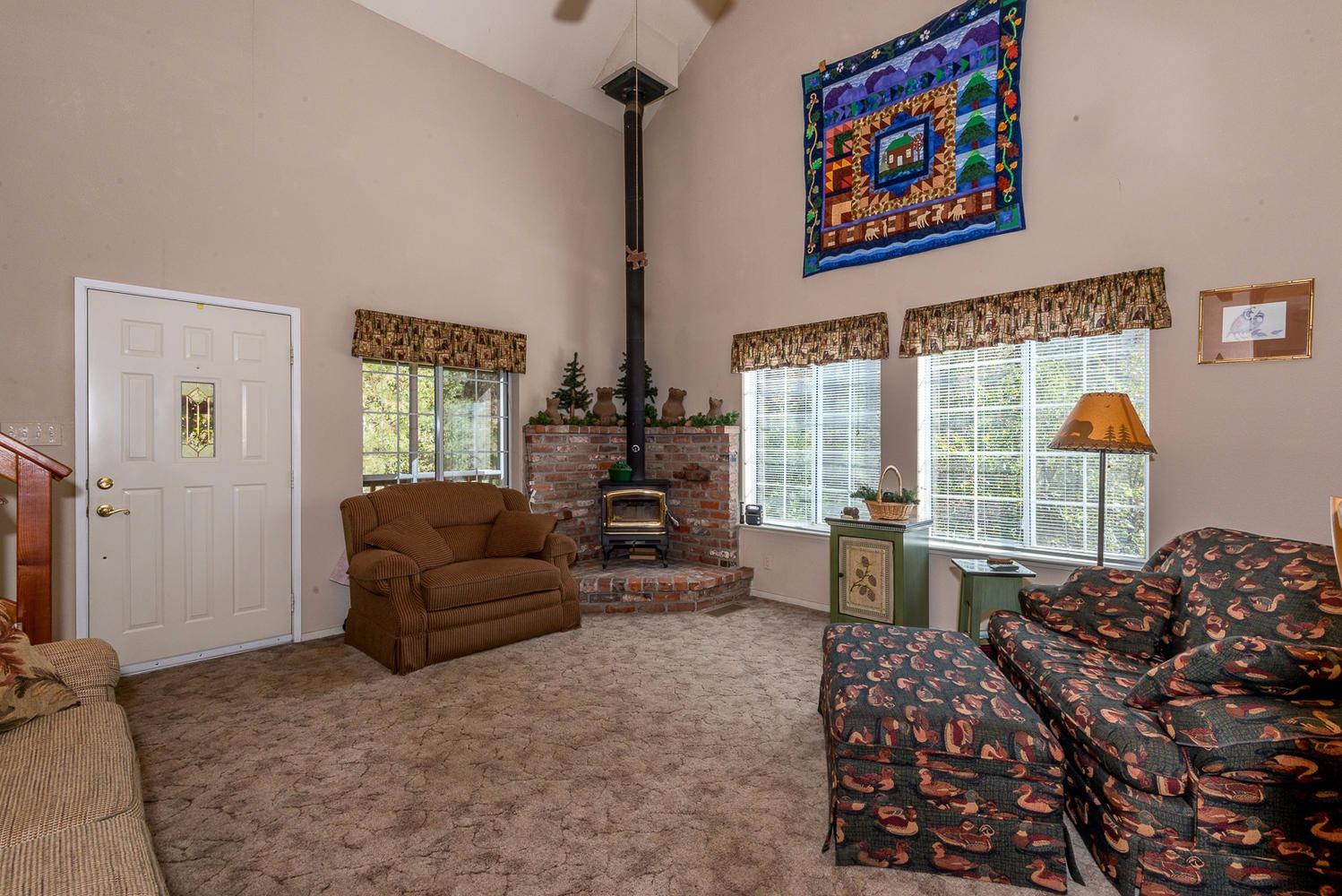 34403 Shaver Springs Road, Auberry, CA 93602