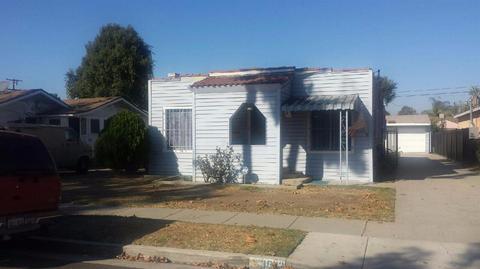 3883 Walnut Ave, Lynwood, CA 90262