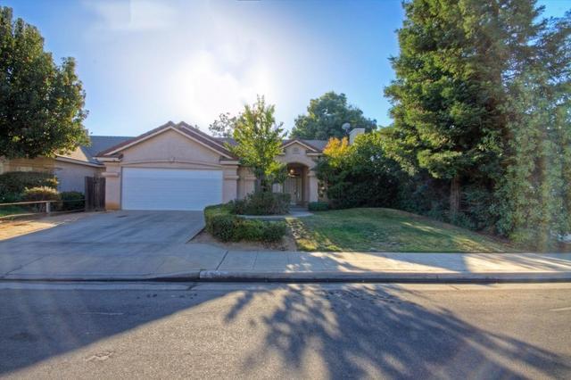 9766 N Sierra Vista Ave, Fresno, CA 93720