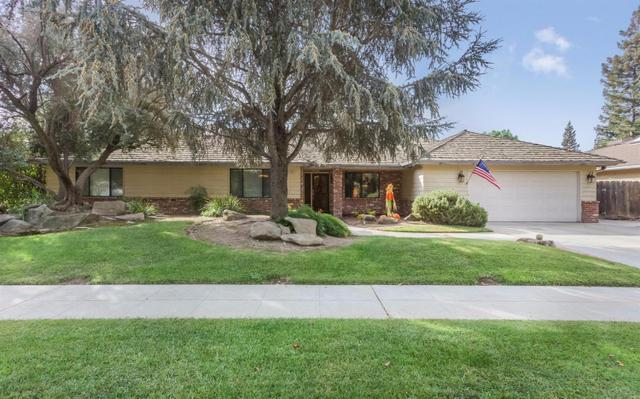 1563 E Fallbrook Ave, Fresno, CA 93720