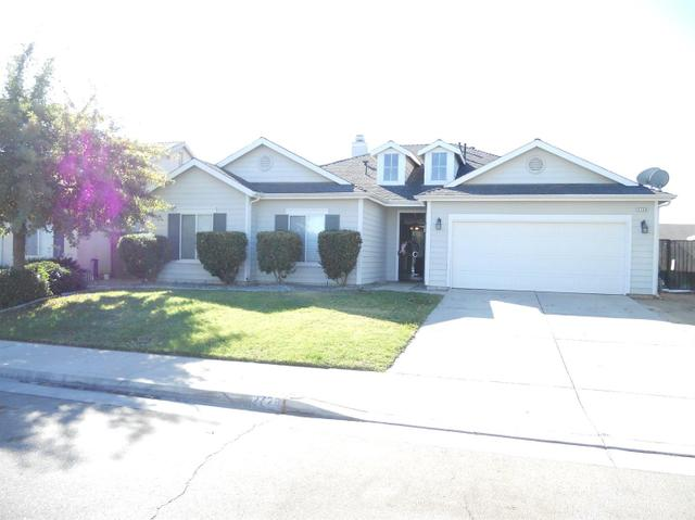 2729 Sterling Ave, Sanger, CA 93657
