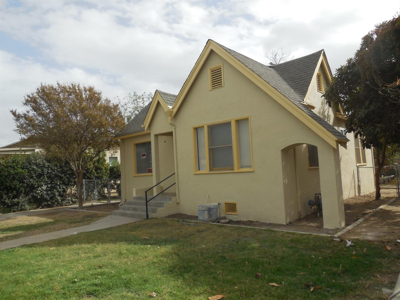 2808 E Washington Avenue, Fresno, CA 93701