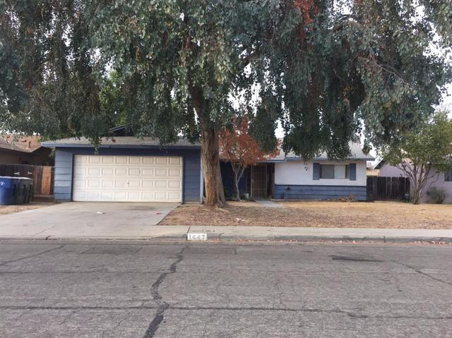 1447 Wrenwood Ave, Clovis, CA 93611
