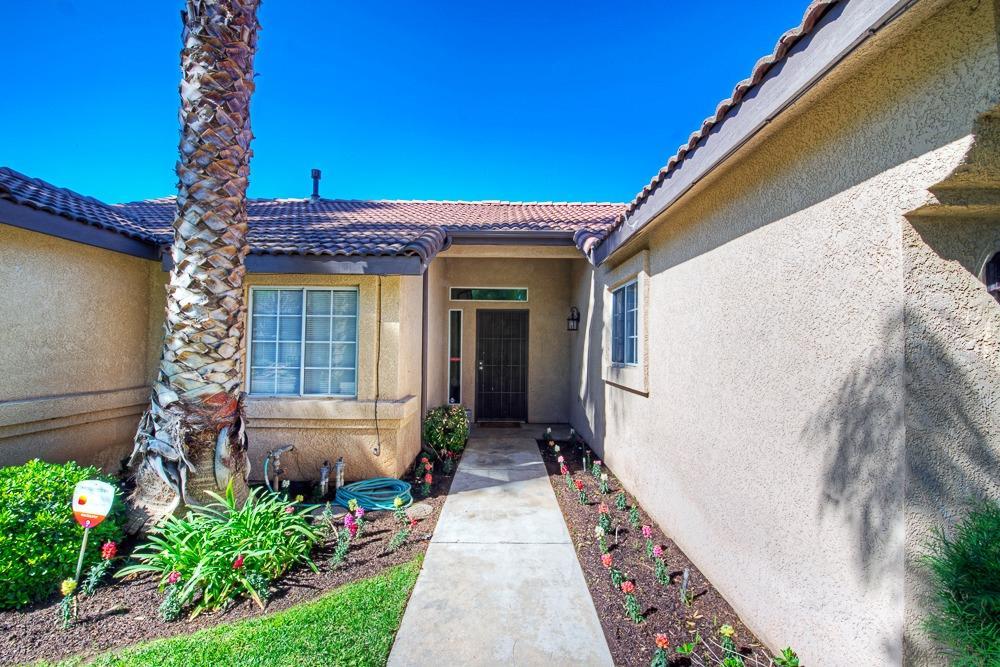 5451 N State Street, Fresno, CA 93722