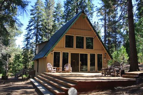 42189 Smoke Tree Ln, Shaver Lake, CA 93664