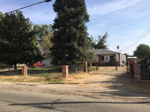 2282 N Hayes Ave, Fresno, CA 93723