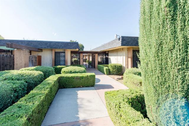 3075 N West Ave #D, Fresno, CA 93705