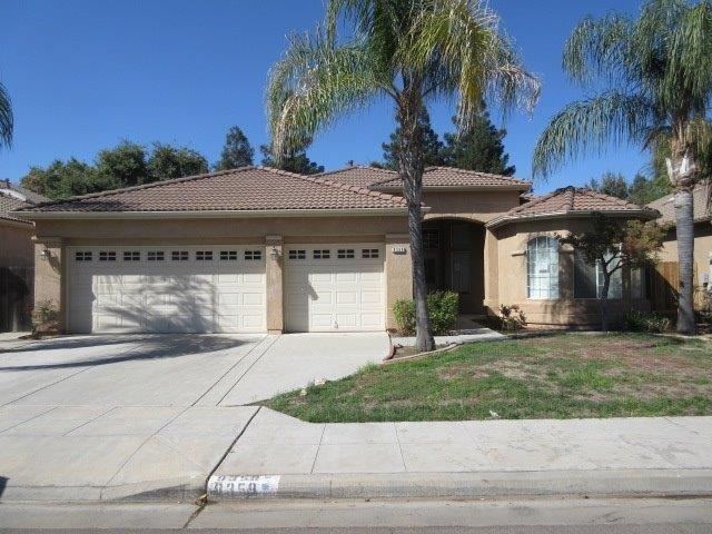 9359 N Dearing Ave, Fresno, CA 93720