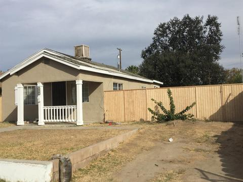578 S 1st St, Kerman, CA 93630