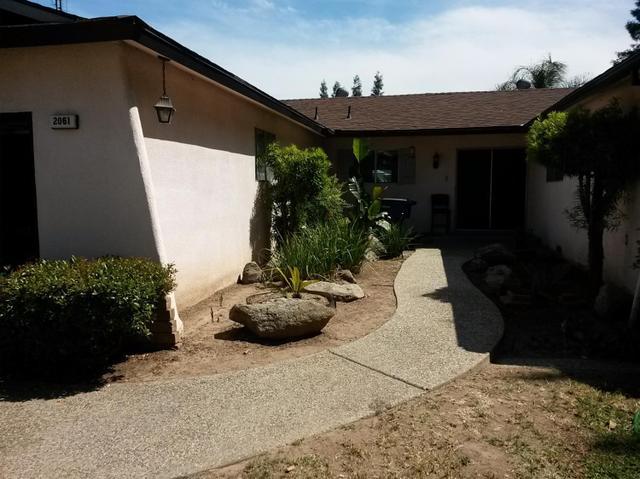 2061 W Los Altos Ave, Fresno, CA 93711