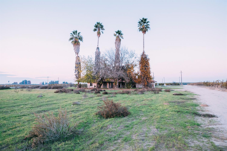 10690 S Henderson Road, Fresno, CA 93706