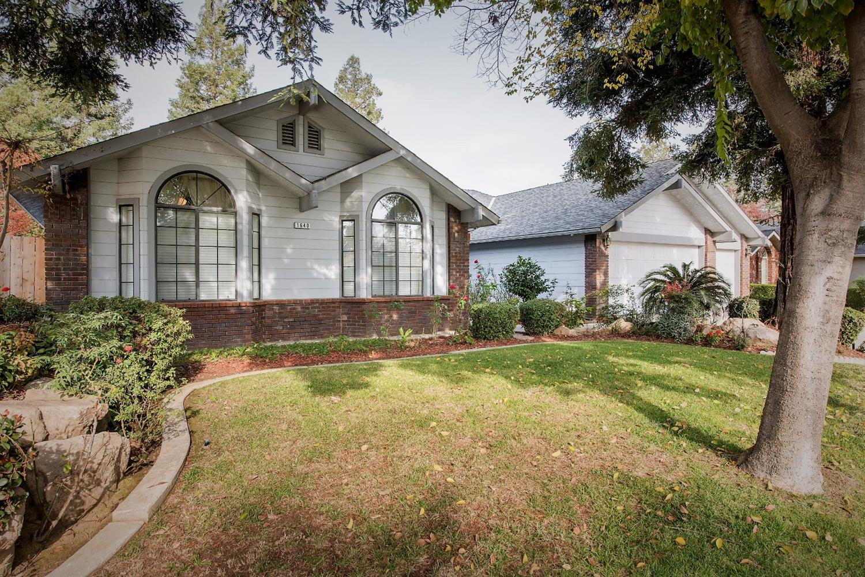 1640 E Salem Avenue, Fresno, CA 93720