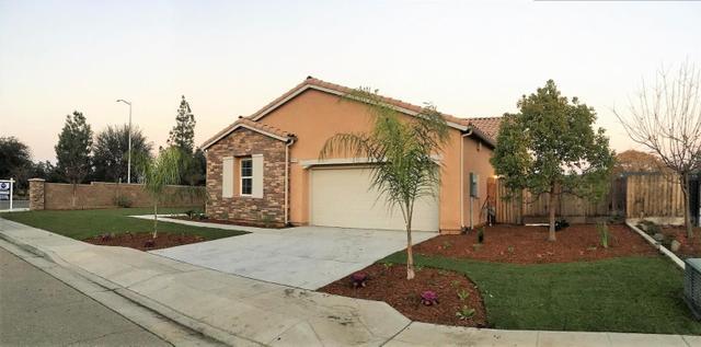 3213 Evergreen Ave, Clovis, CA 93611