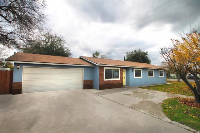 775 Adams Ave, Orange Cove, CA 93646