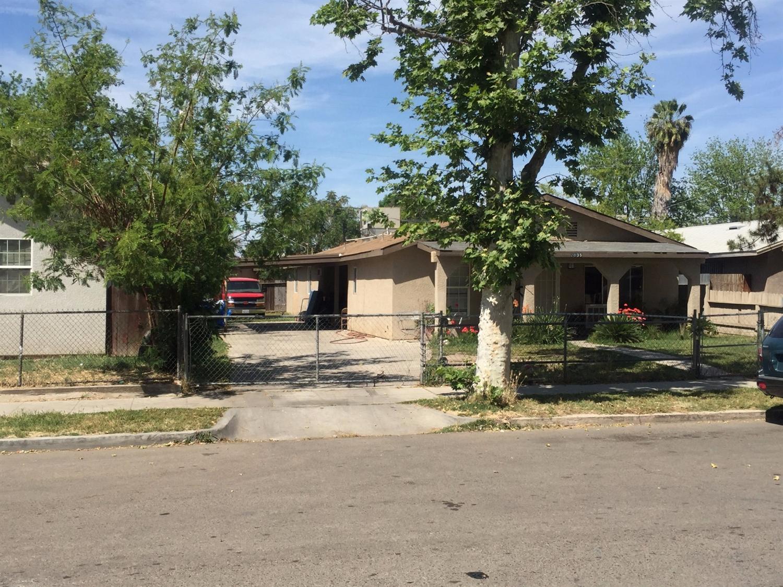 2035 E Clay Avenue, Fresno, CA 93701