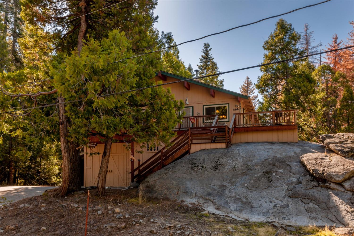 42102 Hanging Branch Road Road, Shaver Lake, CA 93664