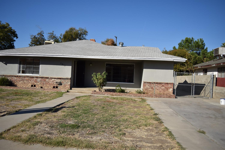 3815 E Terrace Avenue, Fresno, CA 93703