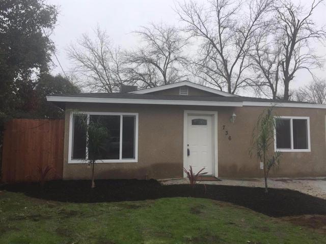 736 Washington Ave, Madera, CA 93638