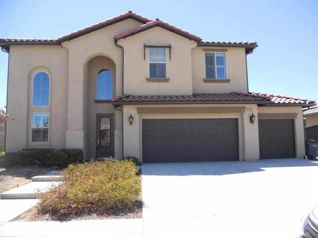 5555 N Lucy Ruiz Ave, Fresno, CA 93723