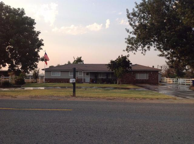 19666 Lacey Blvd, Lemoore, CA 93245