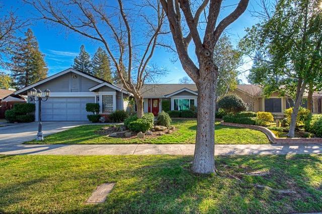 8268 N 7th St, Fresno, CA 93720