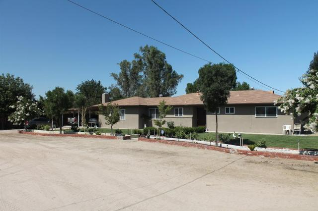12499 S Fruit Ave, Caruthers, CA 93609