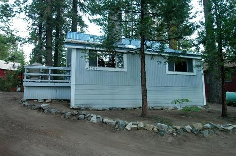 42061 Madrone Ln, Shaver Lake, CA 93664