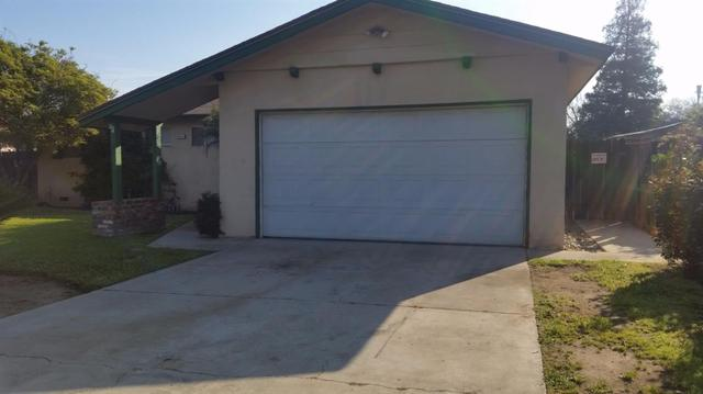 2851 Winery Ave, Clovis, CA 93612