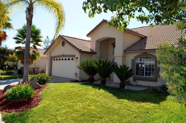 5233 W Browning Ave, Fresno, CA 93722