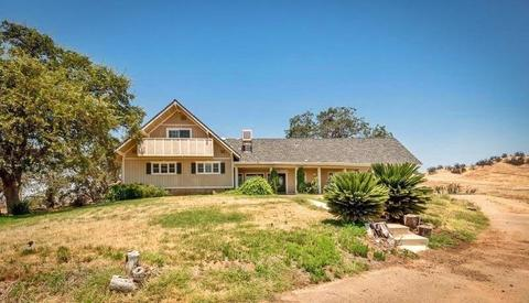 6078 Millerton Rd, Friant, CA 93626