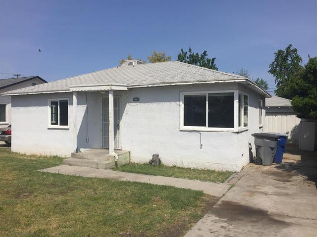 1321 E Clinton Ave, Fresno, CA 93704