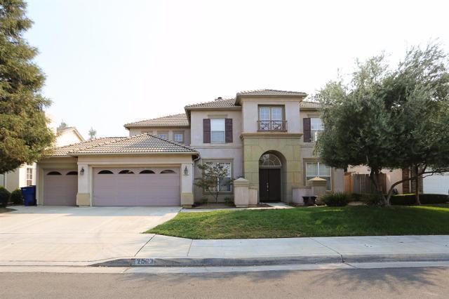 2563 E Shea Dr, Fresno, CA 93720