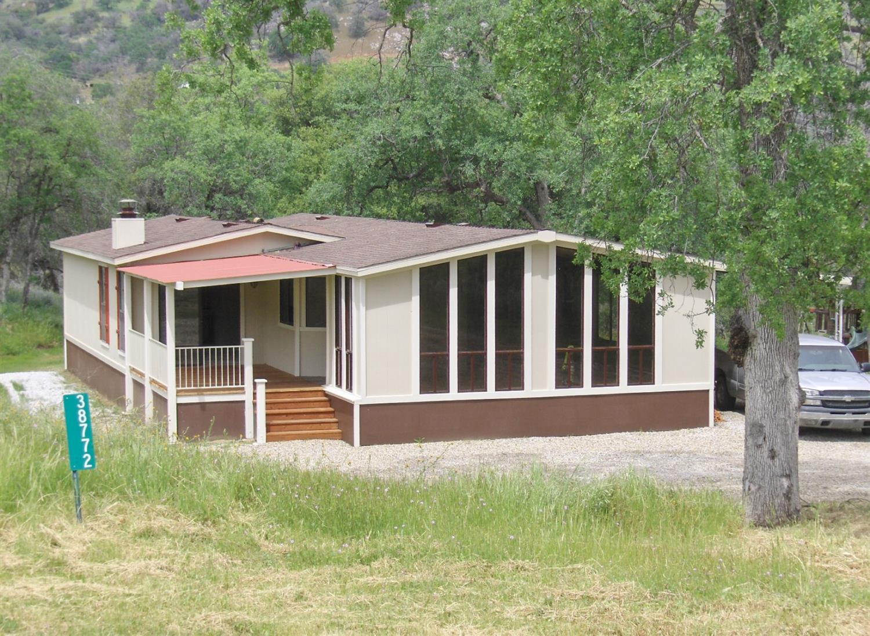 38772 Deerbrook Ln, Squaw Valley, CA 93675