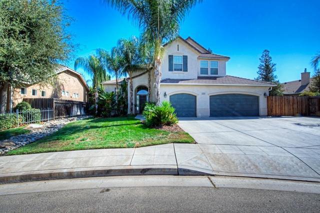 3093 Hanson Ave, Clovis, CA 93611