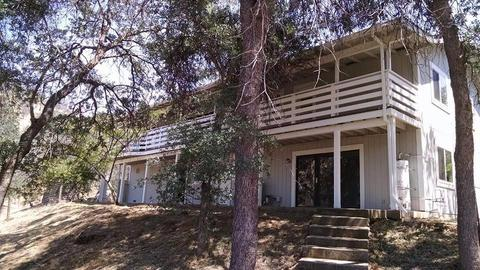 40844 Badger Ln, Squaw Valley, CA 93675