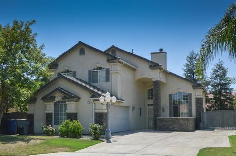 2732 Morris Ave, Clovis, CA 93611