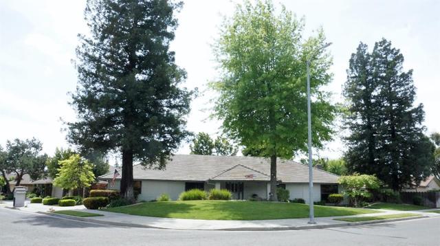 504 Valley Way, Madera, CA 93637