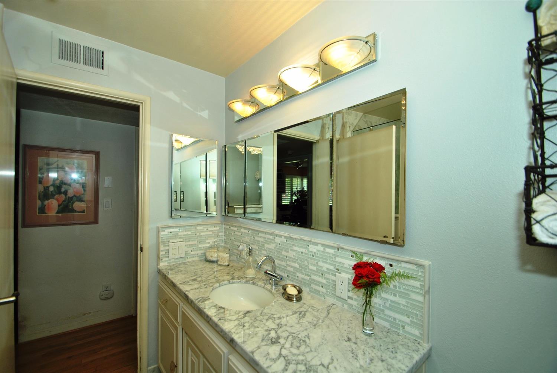 Bathroom Lights Norwich 3518 e norwich ave, fresno, ca 93726 mls# 481826 - movoto