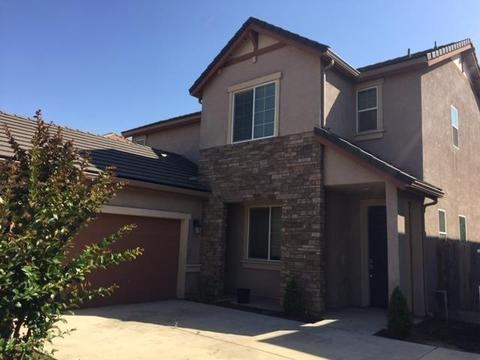 4381 W Pinsapo Dr, Fresno, CA 93722