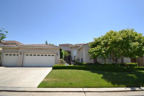 9771 N Willey Ct, Fresno, CA 93720
