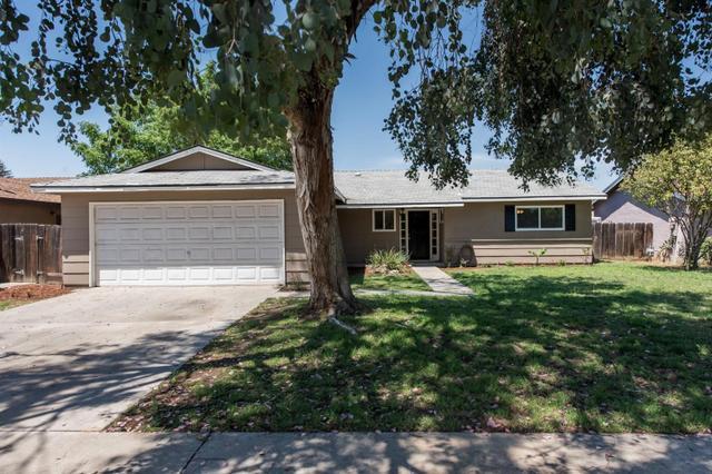 1447 Wrenwood Ave, Clovis, CA 93611