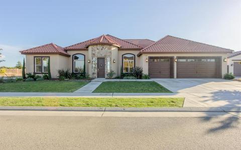 7181 W Dovewood Ln, Fresno, CA 93723