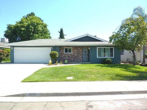 2321 Goldridge St, Selma, CA 93662