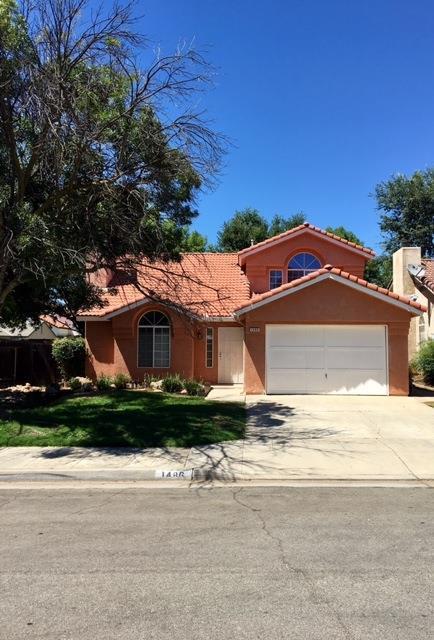 1486 E Solar Ave, Fresno, CA 93720