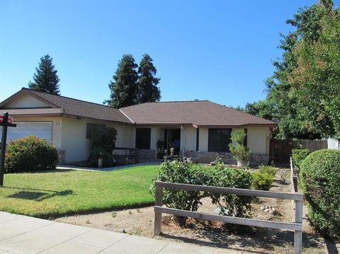 1344 Garland Ave, Clovis, CA 93612