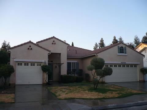 2658 E Niles Ave, Fresno, CA 93720