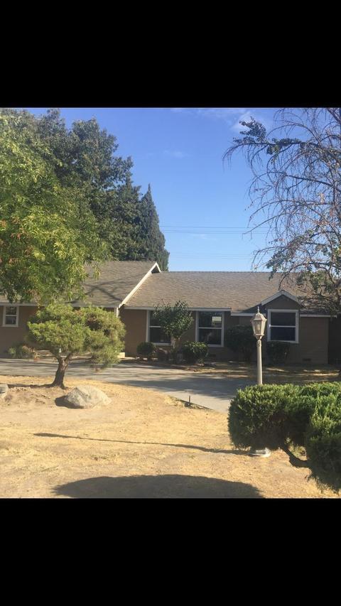 1375 Evergreen St, Selma, CA 93662