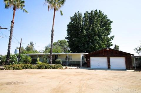 19490 E South Ave, Reedley, CA 93654